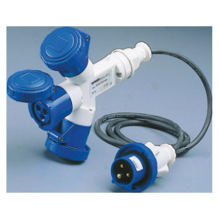 MULTIPLE SOCKET-COUPLERS 3 OUTPUTS IP67 - 2M FLEXIBLE CABLE - PLUG 16A - 2 SOCKET-OUTLETS 2P+E 230V 50/60HZ - BLUE - 6H