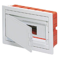 FLUSH MOUNTING ENCLOSURE - WITH BLANK DOOR - PRE-FITTED WITH TERMINAL BLOCK HOUSING 8 MODULES IP40